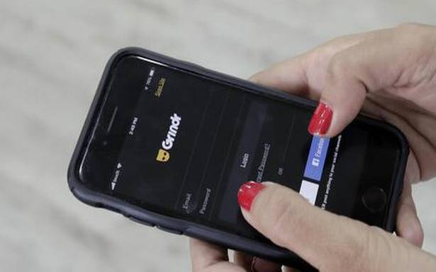 Dating apps share intimate data about users, says consumer group